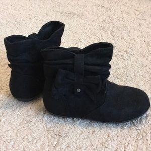 Little Girls Boots Size 9
